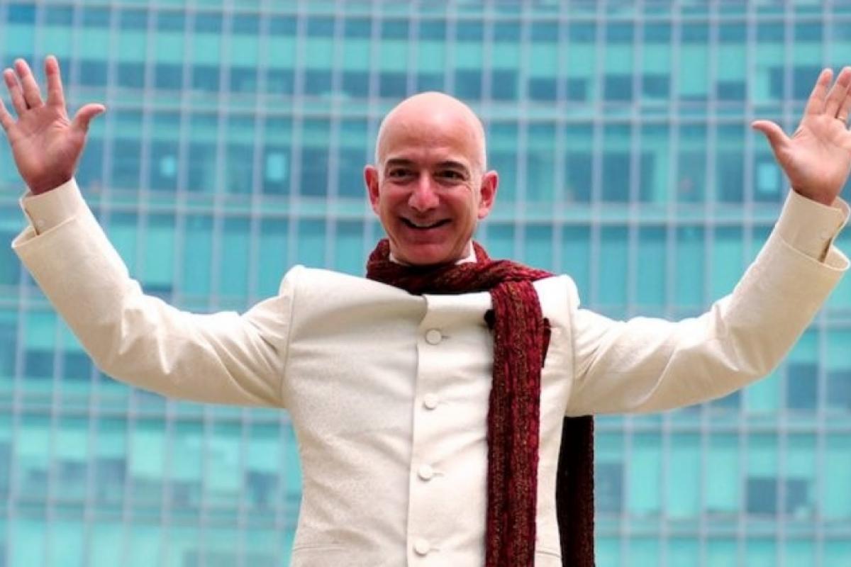 Jeff Bezos Splashes $80 million dollar On Three New York City Apartments